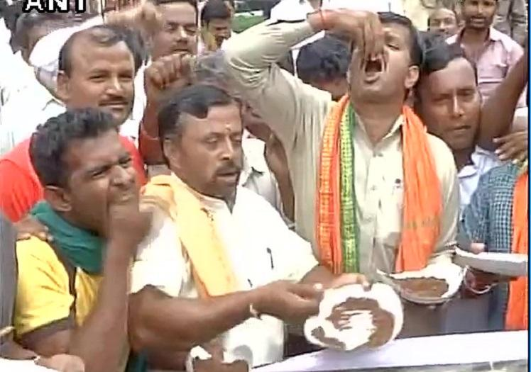 Protests erupt in Mandya and Mysuru over SC order on Cauvery CM Siddaramaiah appeals for peace