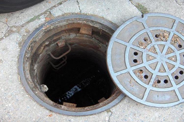 Unfinished Manhole Turns Death Trap In Mangaluru Man