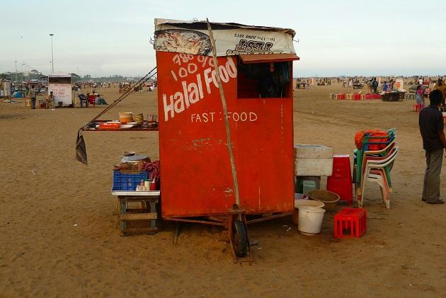 Love Bajjis at Marina beach Be careful 140kgs of stale food has been seized from stalls