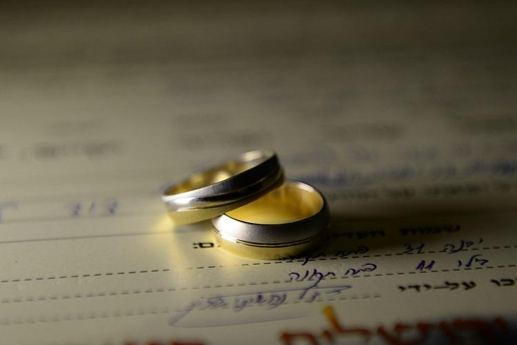 Kerala man married for 16 yrs asks for marriage cert officials tell him to wed again