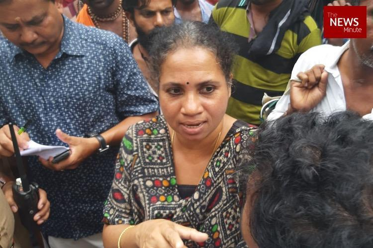 Mary Sweety makes second attempt to enter Sabarimala police convince her to turn back