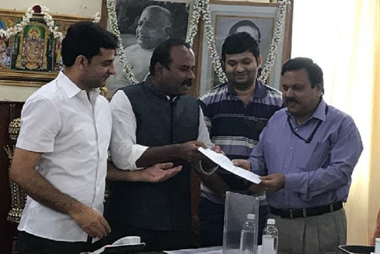 Citizens pressure yields results Bluru Mayor assures Rs 25 cr for Bellandur projects