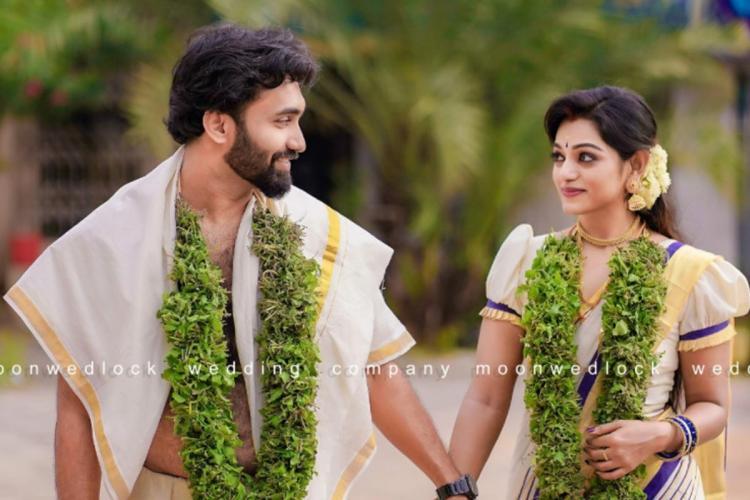 Anchor Meera Anil wedding