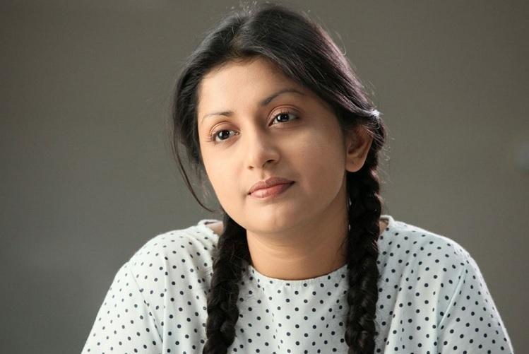 Meera Jasmine to star in Neerali