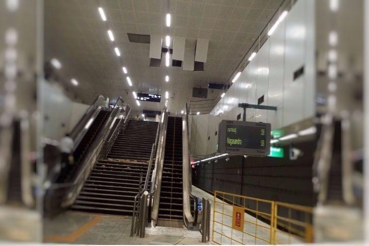 False ceiling of KR Market metro station in Bengaluru falls off creates panic