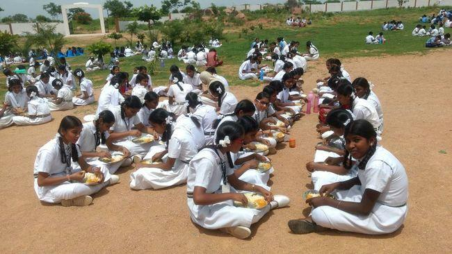 Mid-day meals row in Ktaka Terminate Akshaya Patras contract demand activists