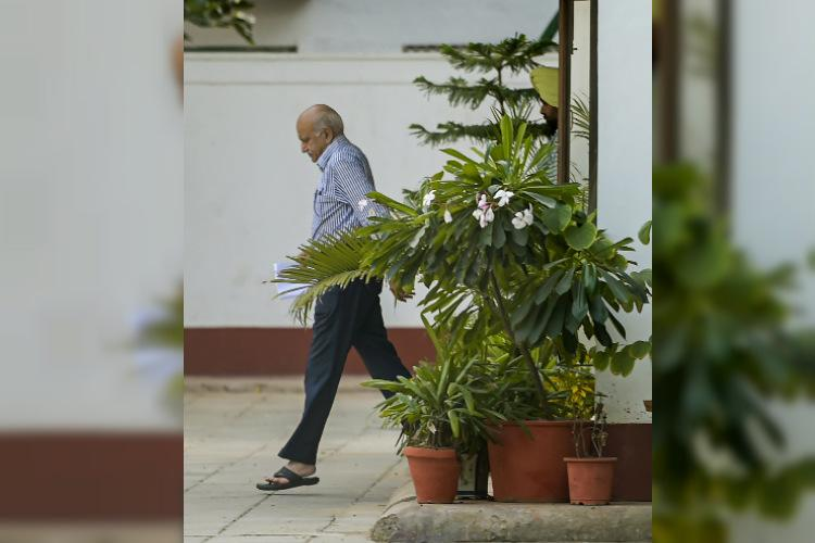 Union Minister M J Akbar resigns over #MeToo