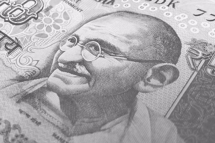 Indian billionaires wealth grew daily by Rs 2200 crore last year Oxfam