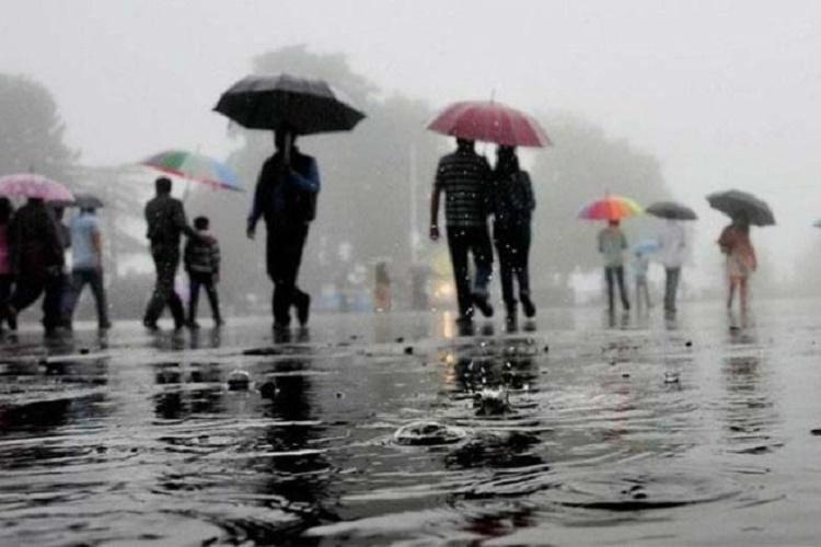 Parts of Tamil Nadu Andhra Pradesh to witness heavy rainfall this weekend