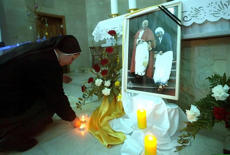 Questioning the miracles of Saint Teresa