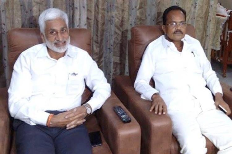 Expelled TDP leader Narasimhulu to join Jagans yatra for a day TDP slams YSRCP