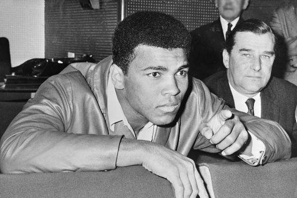 Boxing legend Muhammad Ali dies at 74 after respiratory failure