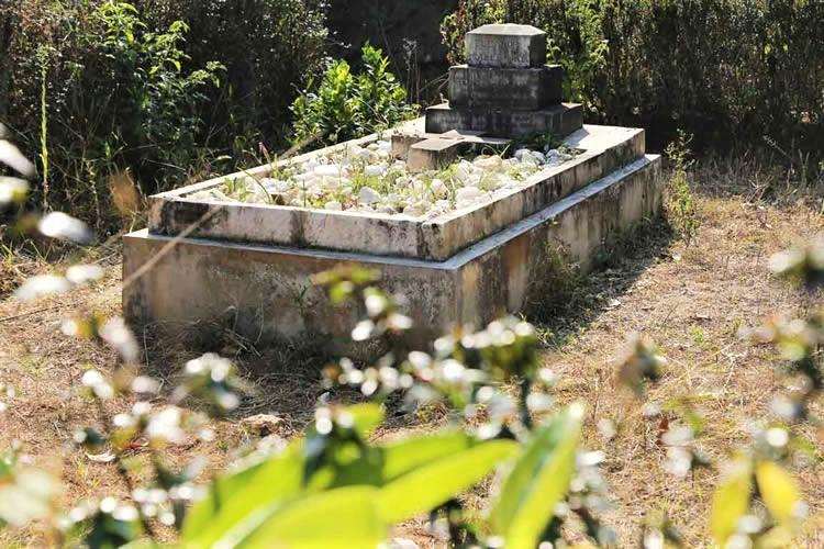 This 125-yr-old tomb was built by a Britisher in Munnar to fulfil his wifes last wish