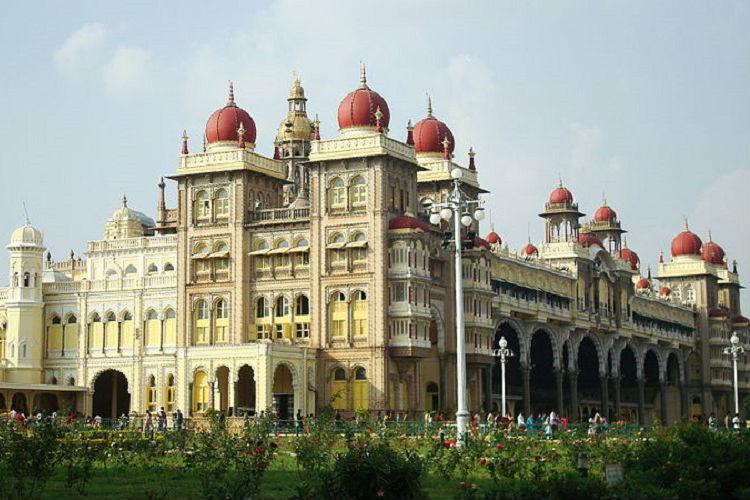 Karnataka can attract 15 cr domestic tourists by 2019 Assocham