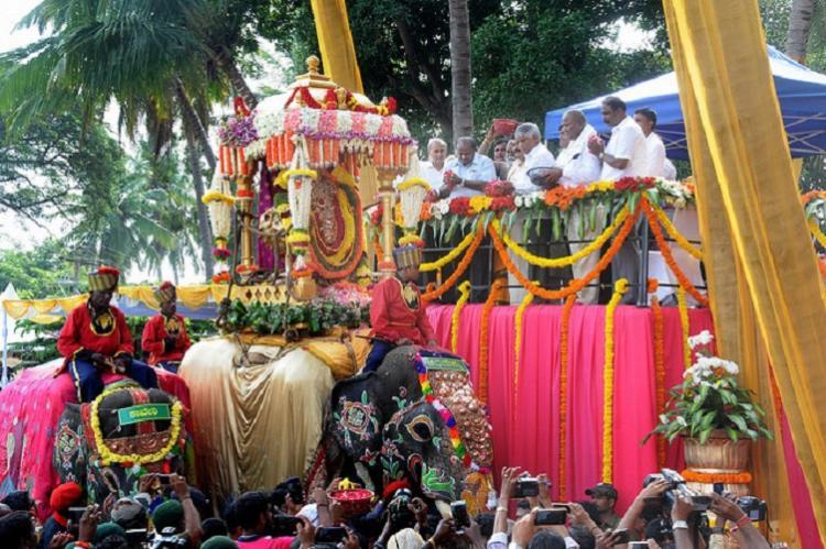 Dasara finale Mysuru readies for royal victory parade on Friday
