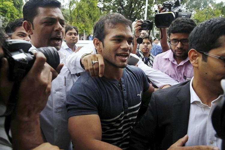 Wrestler Narsingh Yadav en route to Rio after national anti-doping panel gives him the go-ahead