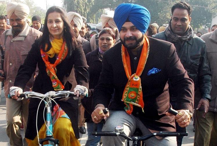 Sidhu good man all good people should leave BJP Kejriwal