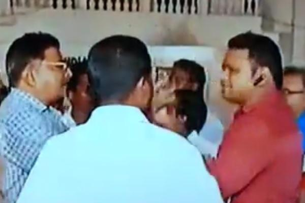 Video News 7 reporter threatened abused by AIADMK party workers on live TV
