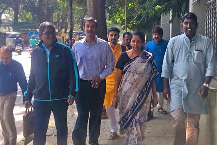 Aam aadmi lunch When Nirmala Sitharaman walked to a Bengaluru restaurant for a meal