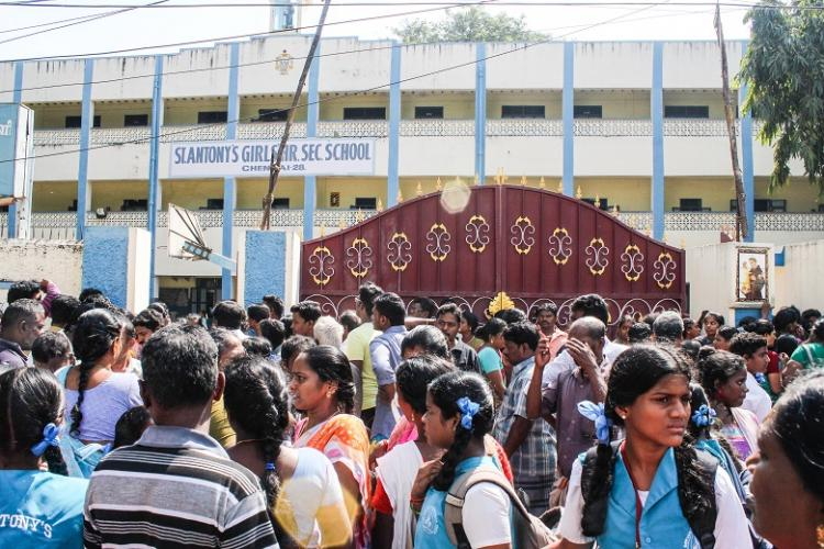 Panic spreads in Chennai schools after bomb call police sources say its a hoax