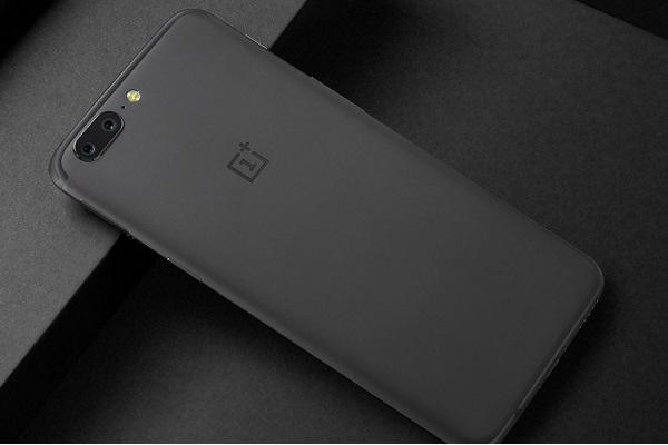 OnePlus 5 launched 725 mm thin phone with dual camera and its pricey