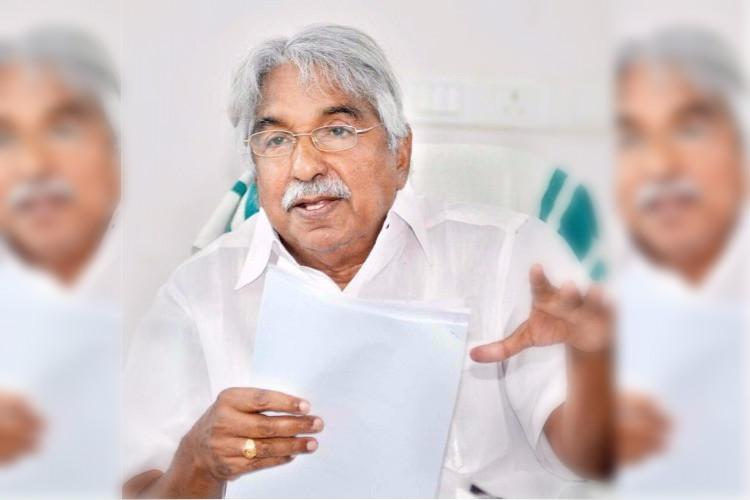 Sidelined for inauguration Oommen Chandy to take metro ride on Tuesday