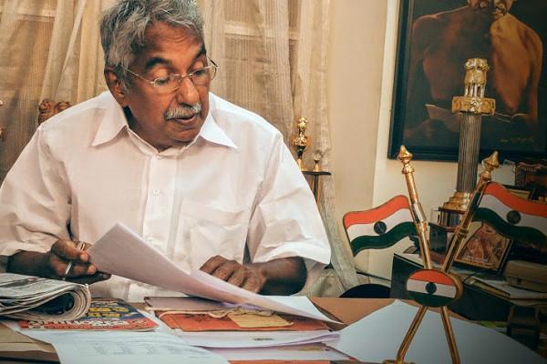 Oommen Chandys open defiance in Kerala Congress High Command to intervene