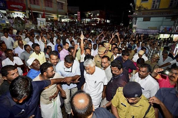 Vizhinjam metro didnt help Chandy goes down battling graft charges