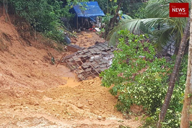 Kerala floods Oorkadavu residents rush to safety after landslip kills two children