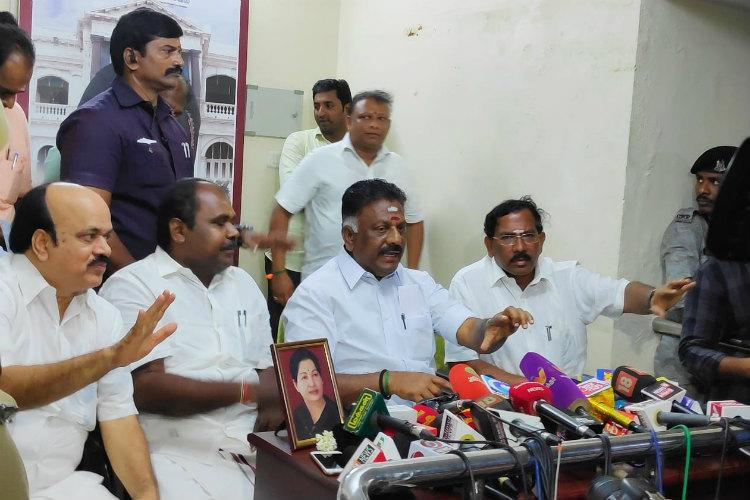 OPS admits meeting TTV Dhinakaran in 2017 but denies plot to overthrow EPS
