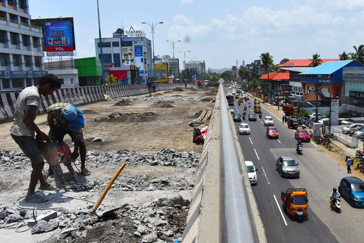 Dont demolish Palarivattom flyover until further orders Kerala HC to government