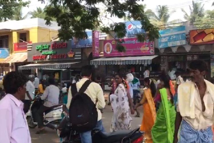 In Pandavapura voters allege JDS man takes them to Tirupati and do god promise