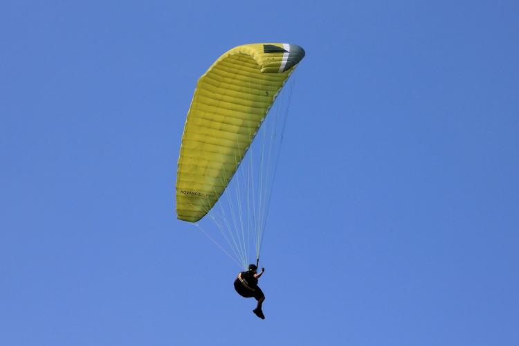 Businessman falls 60-feet killed in parasailing accident in Coimbatore