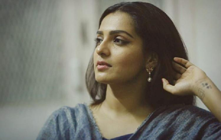 Why isnt Mammooty condemning his fans Support for Parvathy grows online
