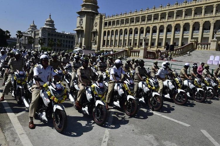 New Year gift CM Kumaraswamy presents 911 new patrol bikes to Bengaluru police