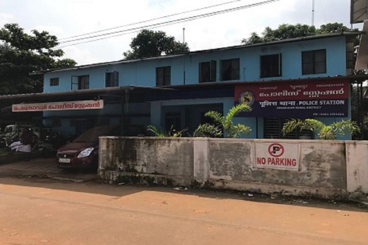Police station in Ernakulam district shut after accused shows symptoms of COVID-19