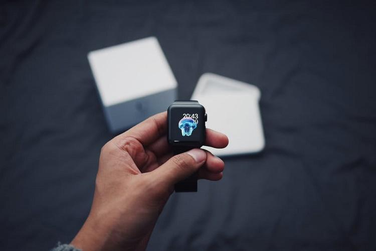 Fitness tracking devices may be ruining your sleep