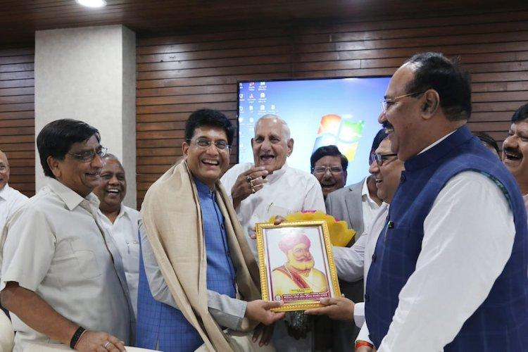 Traders union meets Piyush Goyal calls for immediate rollout of e-commerce policy