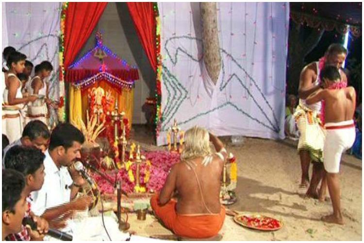 Chooral muriyal ritual Kerala police register FIR for defying court orders