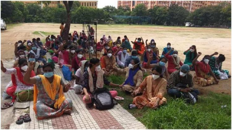 Outsourced nurses at Gandhi staged protest in Hyderabad