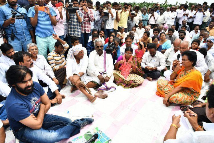 Pawan Kalyan warns of massive stir if land is taken from Amaravati farmers forcibly