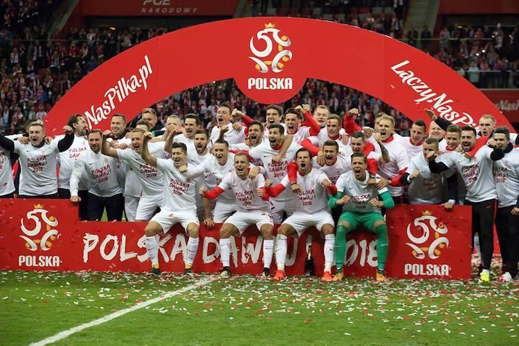 Poland banks on its biggest star Lewandowski to progress in World Cup
