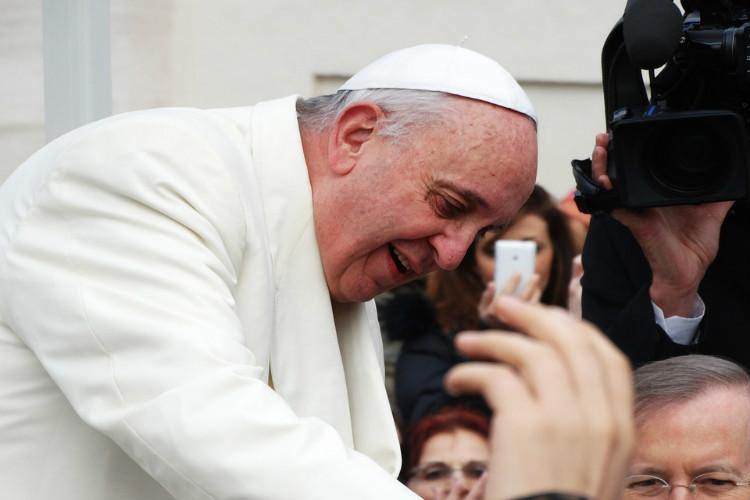 Pope Francis empowers Catholic priests to forgive abortion