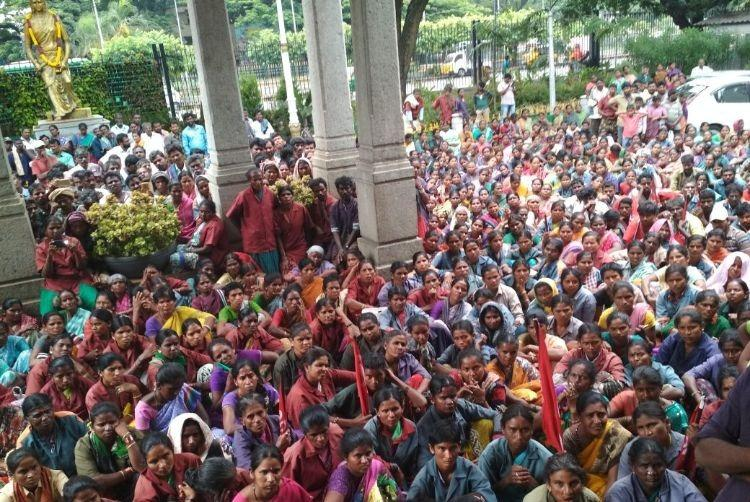 Caught in an exploitative system Bengaluru pourakarmikas stage massive protest