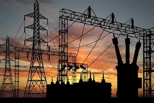 Andhra stops supplying power to Telangana asks for dues worth Rs 3500 cr to be paid up