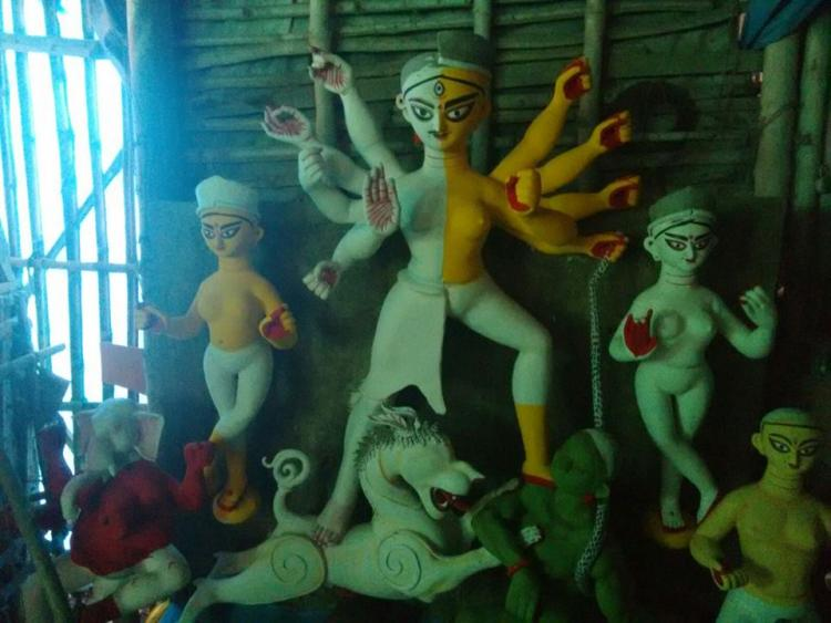 For a progressive puja Kolkatas first Durga Puja organized by transgender community