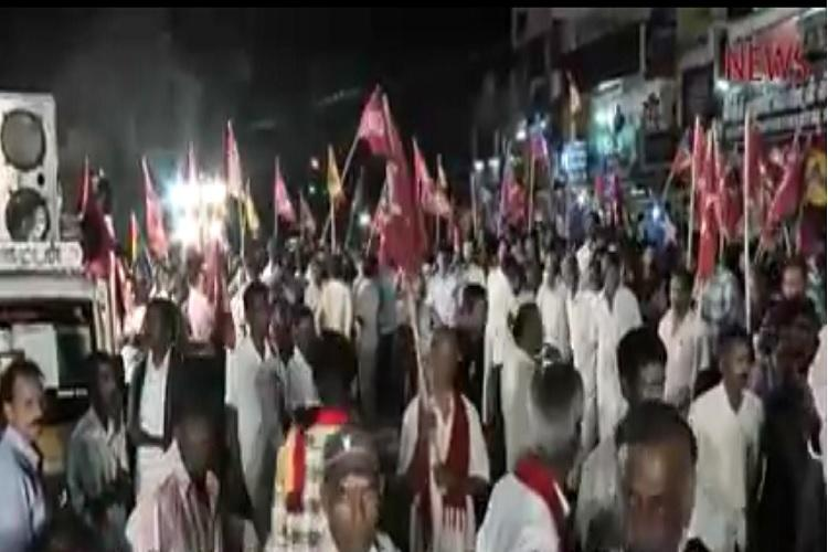 Video DMDK and AIADMK cadres clash in Coimbatore district