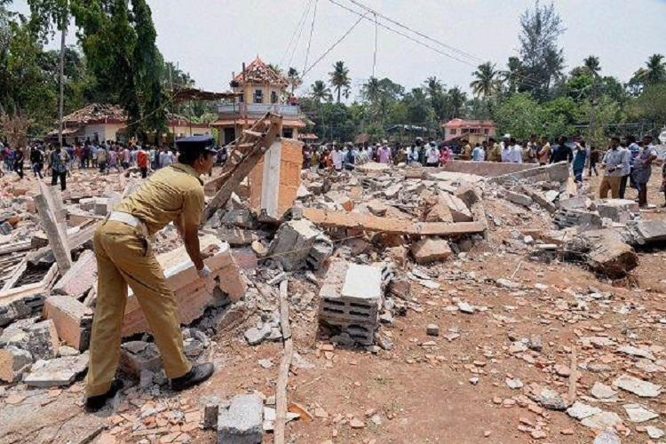 Puttingal tragedy could have been prevented if police took action says former district collector