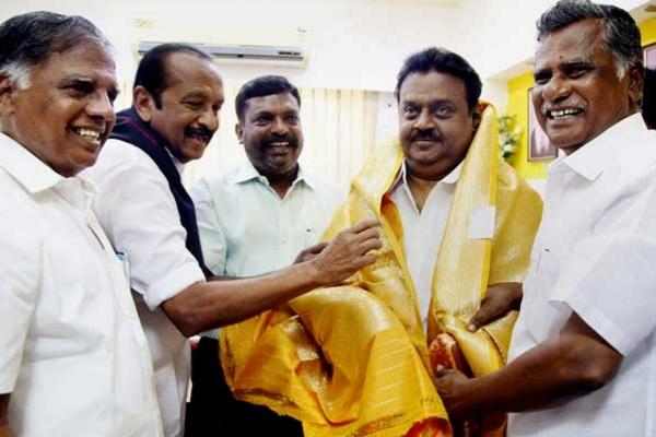 The emperor without clothes The apparent rise and embarrassing fall of Vijayakant