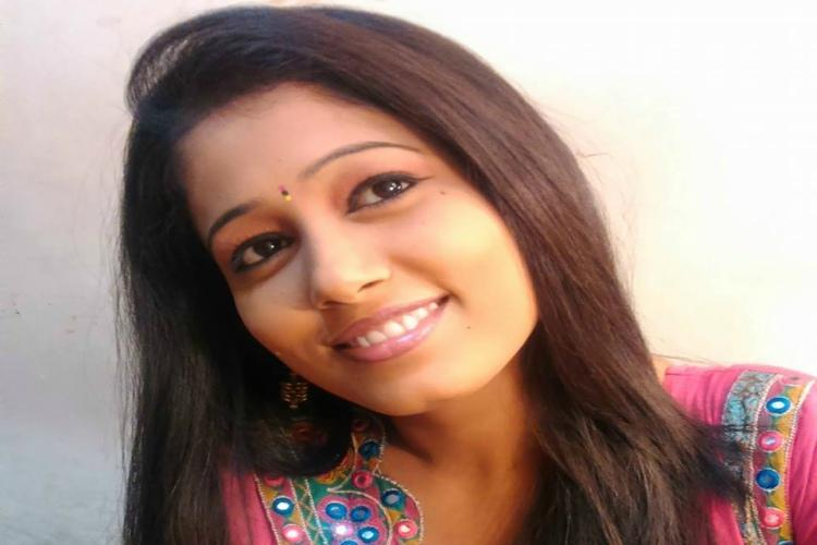 Telugu news anchor Radhika Reddy allegedly kills herself by jumping off building